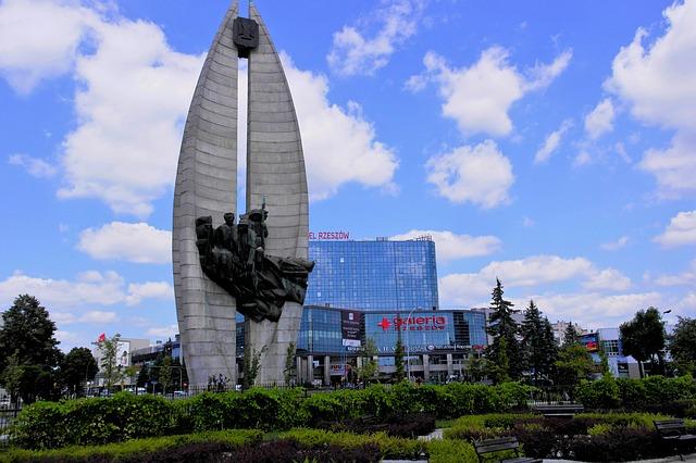monument-956820_640